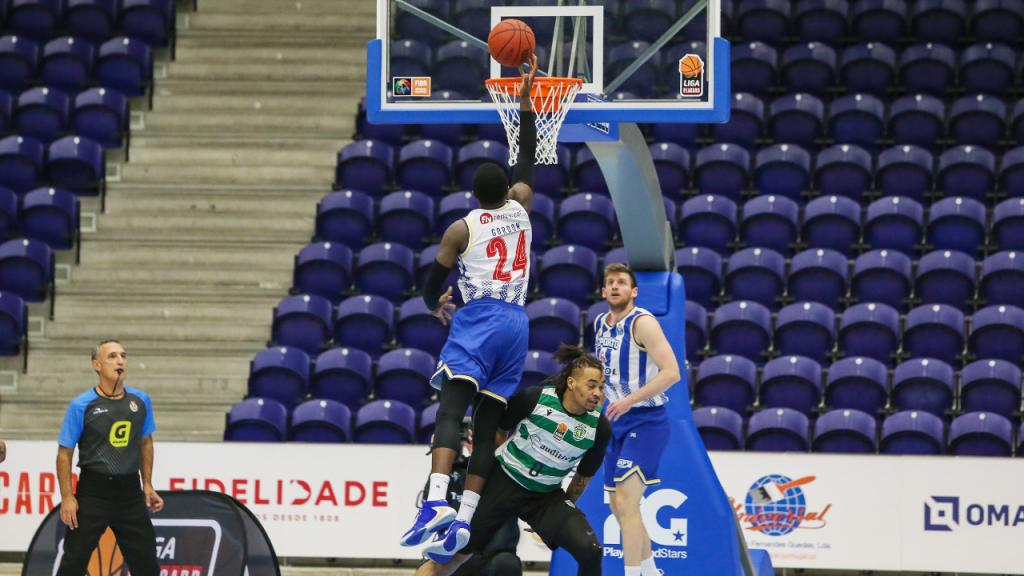 Liga de basquetebol: FC Porto-Sporting (Twitter FP Basquetebol)
