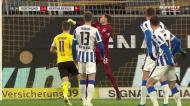 Dortmund chega-se à frente com golo... estranho