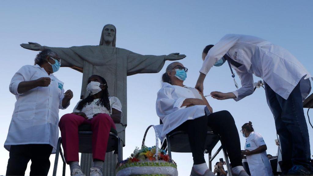 Centro de Vacinação no Rio de Janeiro, Brasil