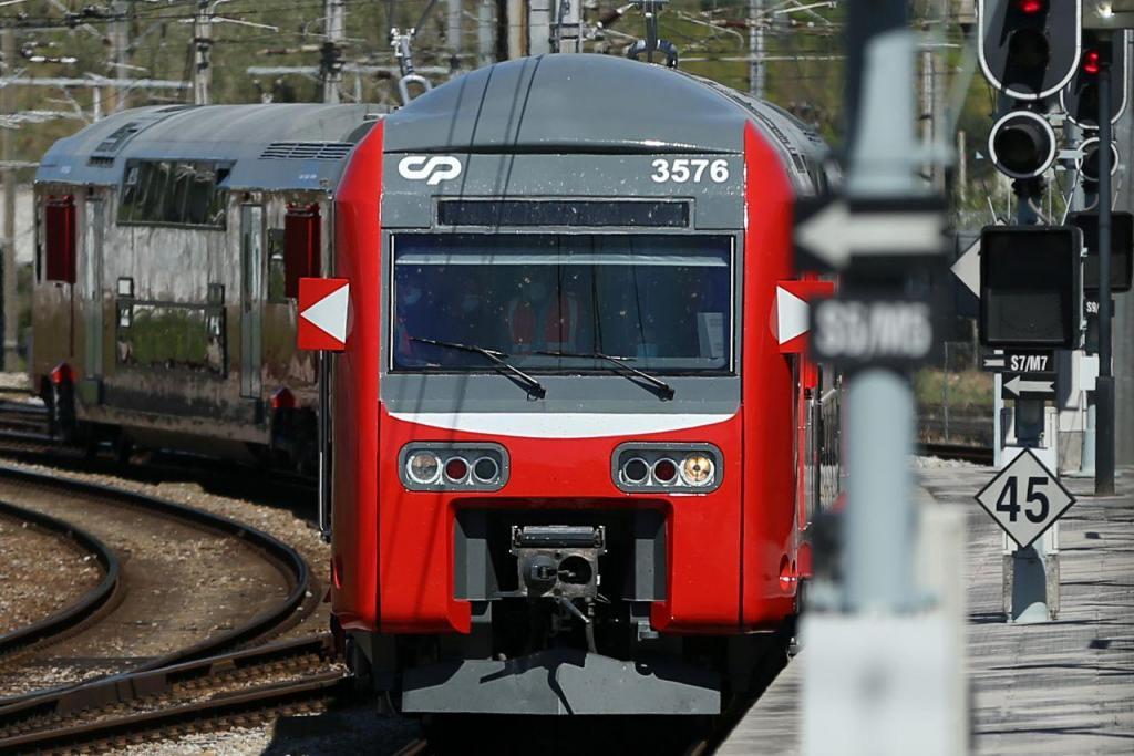 Comboio de dois andares da CP