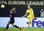 As imagens do Dínamo Zagreb-Tottenham (fotos EPA/ANTONIO BAT)