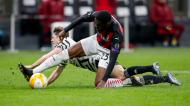 Fikayo Tomori e Daniel James no Milan-Manchester United (Antonio Calanni/AP)