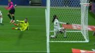 Anthony Lopes impede golo de Verrati, mas contra Mbappé…