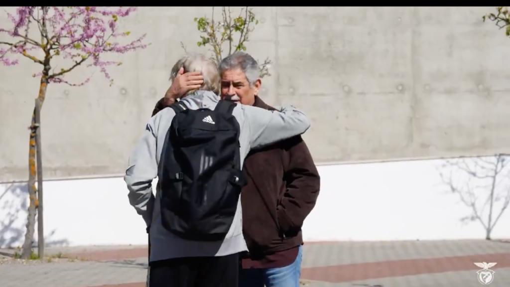 Jesus e Vieira (twitter Benfica)