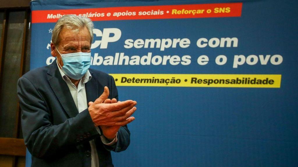 Jerónimo de Sousa durante um encontro com profissionais de saúde