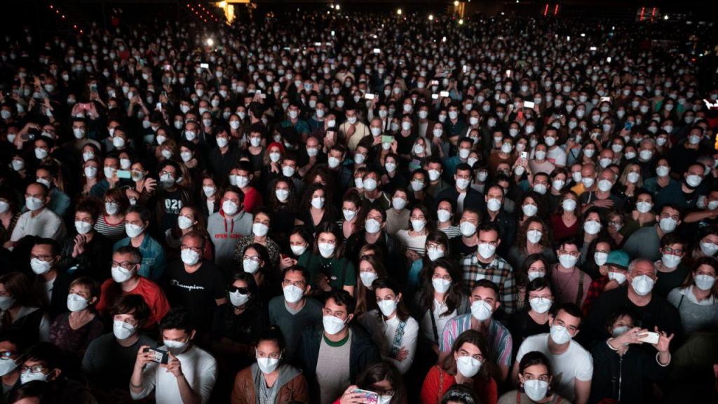Barcelona: primeiro concerto sem distanciamento em pandemia