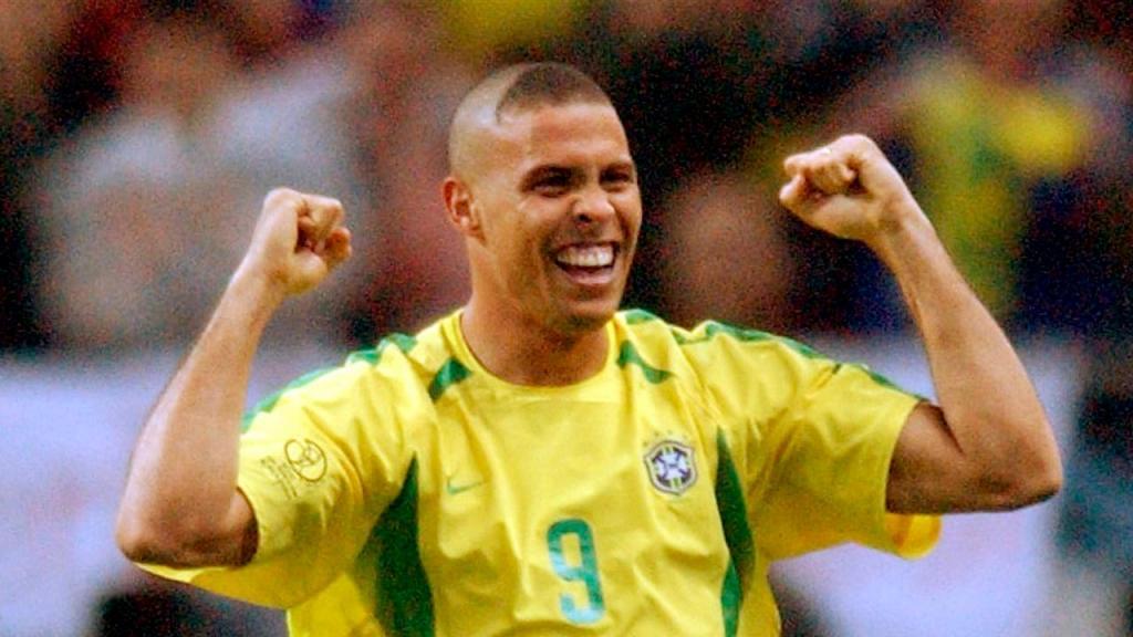 Ronaldo no Mundial 2002 (AP Photo/Kevork Djansezian)