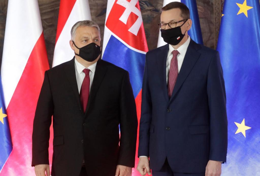 Viktor Orbán e Mateusz Morawiecki