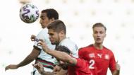 Diogo Queirós cabeceia para o 1-0 no Portugal-Suíça, do Euro sub-21 (Peter Klaunzer/EPA)