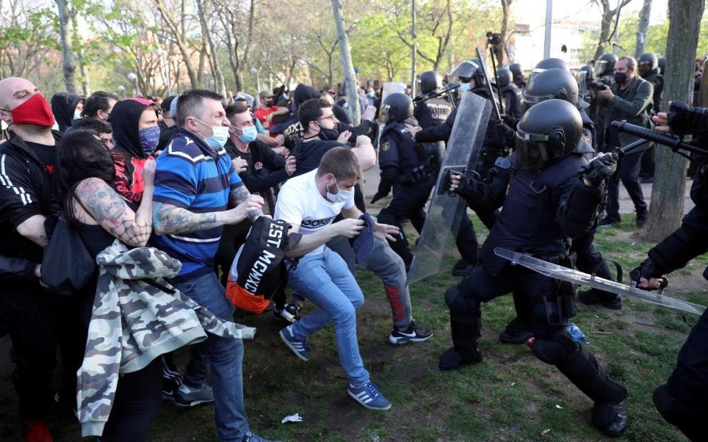 Confrontos em manifestação