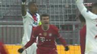 Livre teleguiado de Kimmich e Muller empata para o Bayern