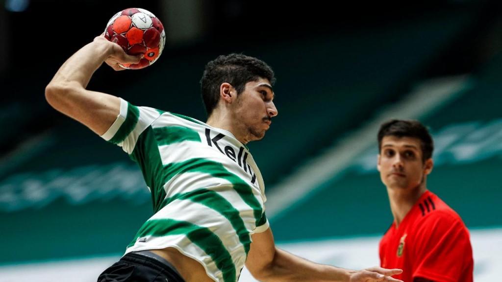 Sporting bateu Benfica e é líder no andebol