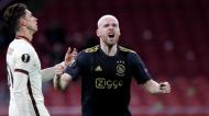 Davy Klaassen festeja o 1-0 no Ajax-Roma (Peter de Jong/AP)