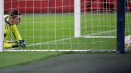 Kjell Scherpen sofreu «frango» no Ajax-Roma (Peter de Jong/AP)