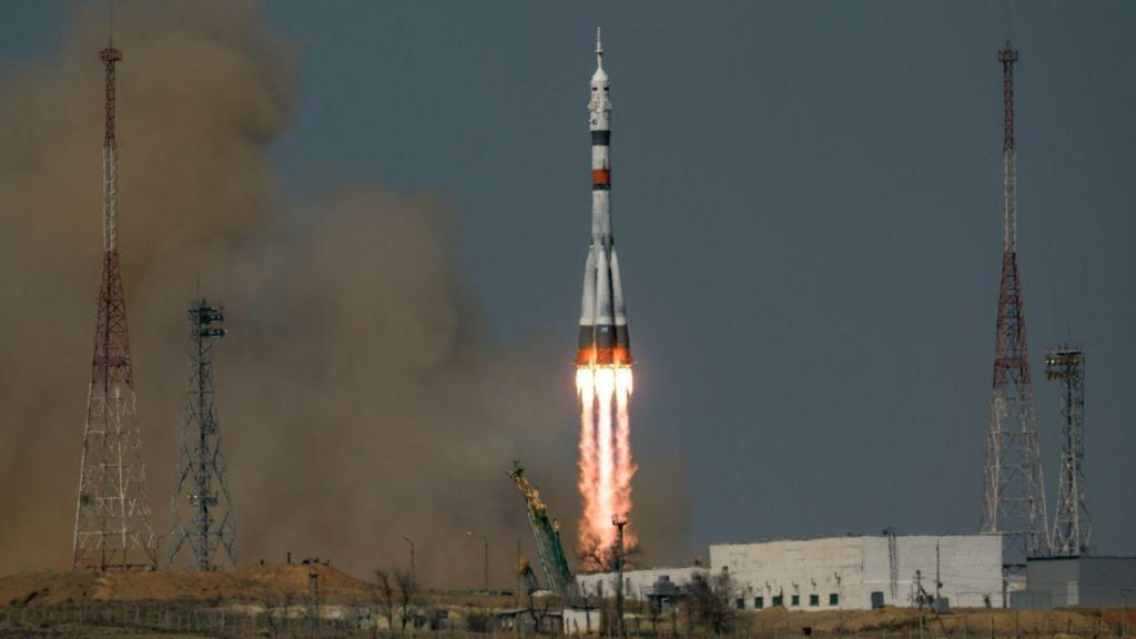 Lançamento do foguetão Soyuz MS-18