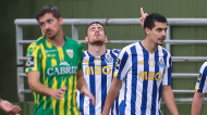 Toni Martínez festeja o golo inaugural no Tondela-FC Porto (Paulo Novais/LUSA)