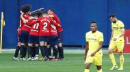 Osasuna festeja um dos golos da vitória ante o Villarreal (Domenech Castello/EPA)