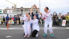 VÍDEO: cumpre sonho de transportar tocha olímpica... aos 109 anos