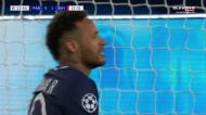 Di María deixa Davies para trás e Neymar falha o golo por centímetros