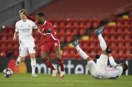 Liverpool-Real Madrid (fotos EPA/Peter Powell)