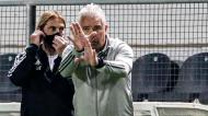 Jorge Costa com o adjunto, Neca, no Farense-Sporting (Luís Forra/LUSA)