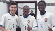 Zicky Té com Hugo Neves e Sévio Marcelo, colegas no futsal e amigos no ringue (arquivo pessoal)