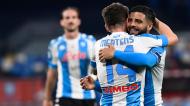 Lorenzo Insigne e Dries Mertens festejam um golo na goleada do Nápoles à Lazio (Ciro Fusco/EPA)