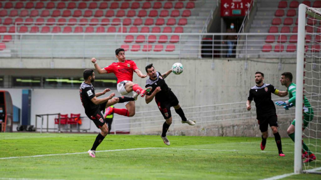 Tiago Gouveia no Benfica B-Penafiel (SL Benfica)