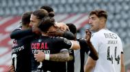 Nacional festeja o 1-0 de Pedro Mendes ante o V. Guimarães (Homem de Gouveia/LUSA)