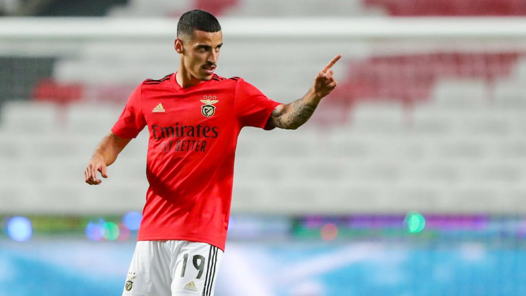 Chiquinho fez o 2-1 no Benfica-Santa Clara