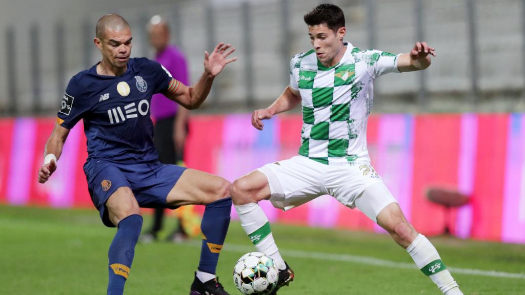 Pepe e Filipe Soares no Moreirense-FC Porto (Estela Silva/LUSA)