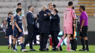 Sérgio Conceição (treinador), Luís Gonçalves (diretor-geral para o futebol) e Rui Cerqueira (assessor de imprensa) no final do Moreirense-FC Porto (Estela Silva/LUSA)
