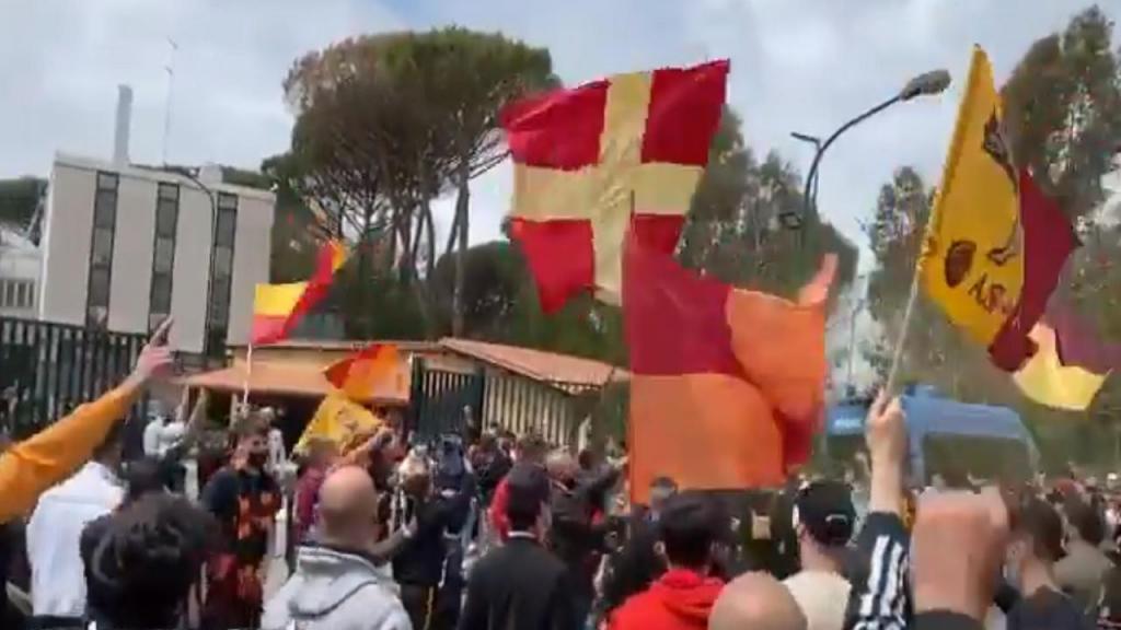 Adeptos da Roma (twitter)
