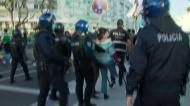 Adeptos tentaram invadir a garagem de Alvalade, polícia teve de intervir