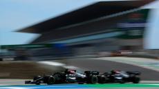 Fórmula 1: Mercedes domina primeiros treinos em Barcelona