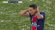 Di María rouba a bola a Bernardo e fica a centímetros do golo