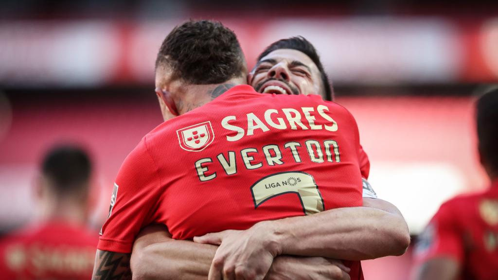 Everton festeja com Pizzi o 1-0 no Benfica-FC Porto (Mário Cruz/LUSA)
