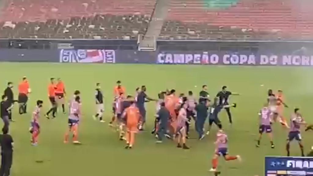 Confusão no final do Ceará-Bahia, da final da Copa do Nordeste