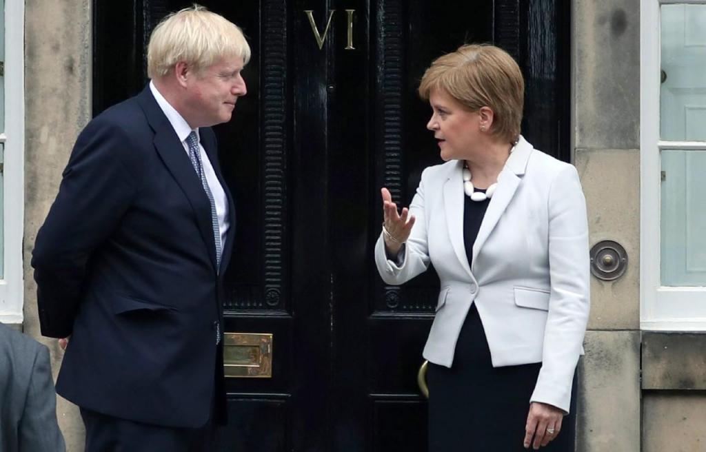 Boris Johnson e Nicola Sturgeon