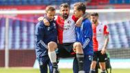 Lucas Pratto sofreu uma grave lesão no Feyenoord-Ajax (Pieter Stam de Jong/EPA)