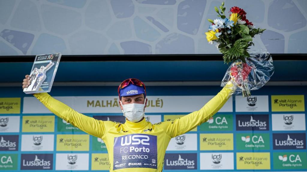João Rodrigues coroado vencedor da 47.ª Volta ao Algarve (Luís Forra/LUSA)