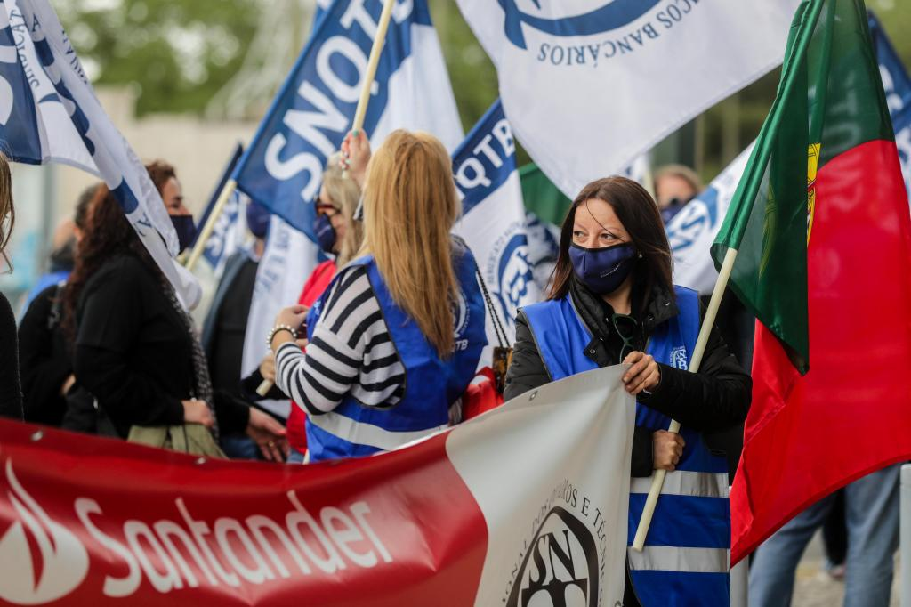 Manifestação de trabalhadores do Santander