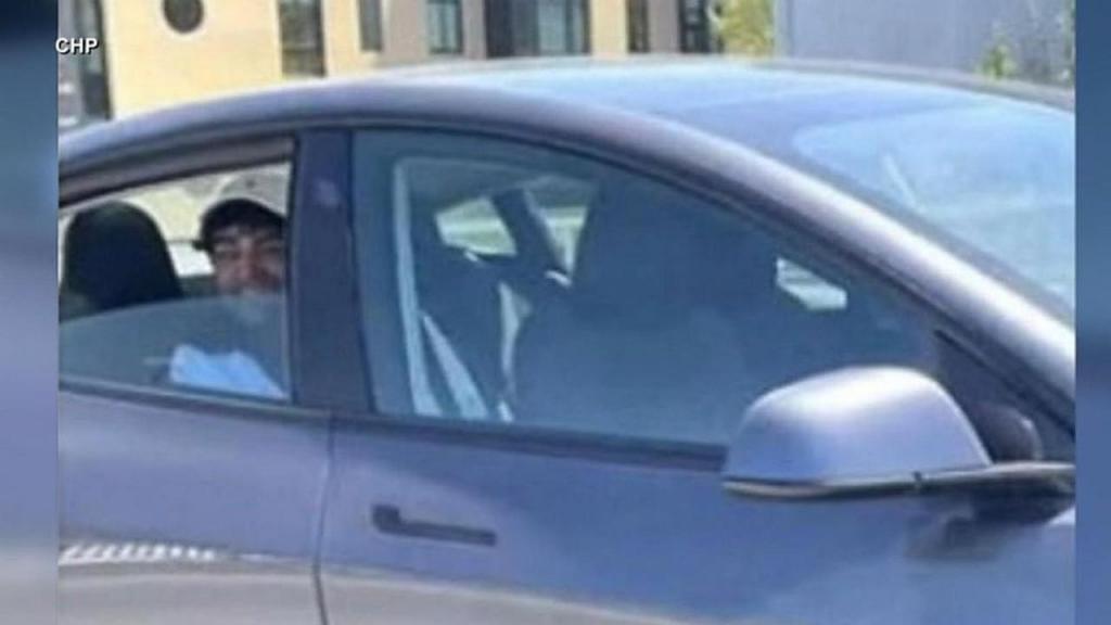 Condutor de Tesla detido
