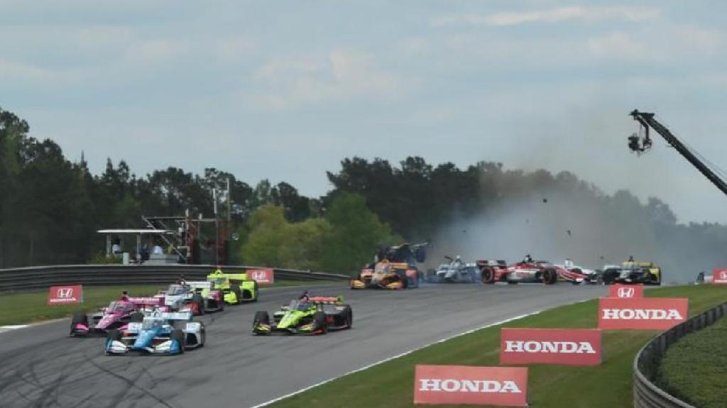 Acidente na IndyCar 2021