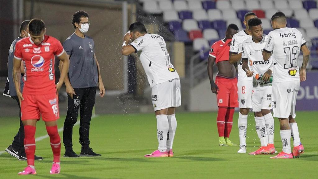 America-Atletico Mineiro interrompido por causa do gás lacrimogéneo