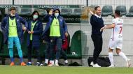 P. Ferreira-Gil Vicente: Lourency festeja golo com o treinador Ricardo Soares (Lusa)