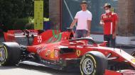 Ronaldo visitou a Ferrari (fotos: Scuderia Ferrari)