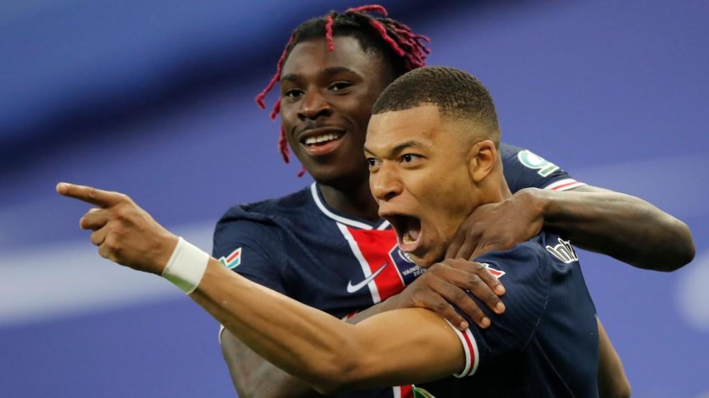 5.º Mbappé/PSG: 27 golos/54 pontos
