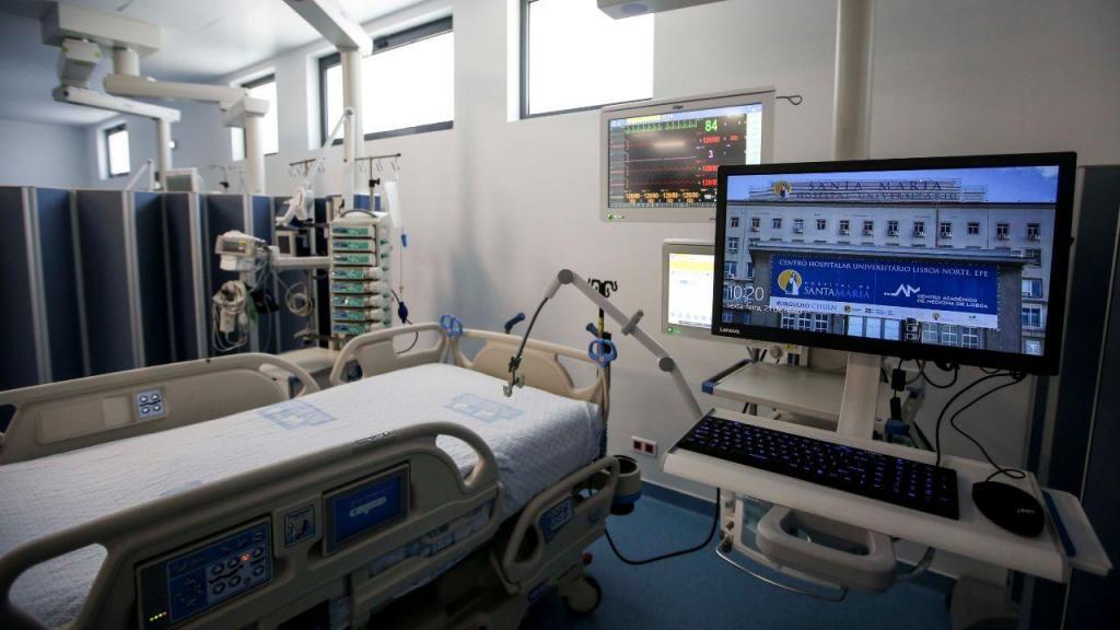 Ministra da Saúde inaugura nova Unidade de Cuidados Intensivos do Hospital de Santa Maria