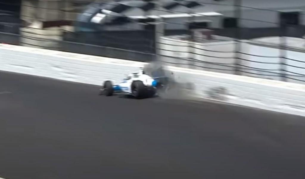 Acidente de Alex Palou em Indianápolis (reprodução YouTube NTT IndyCar Series)